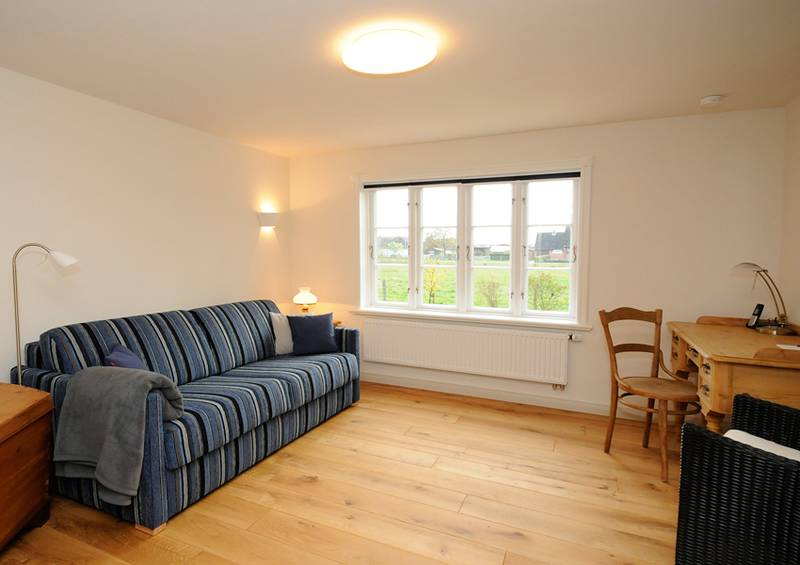 ferienhaus kye in risum lindholm nordfriesland feriendomizil mit besonderem flair. Black Bedroom Furniture Sets. Home Design Ideas